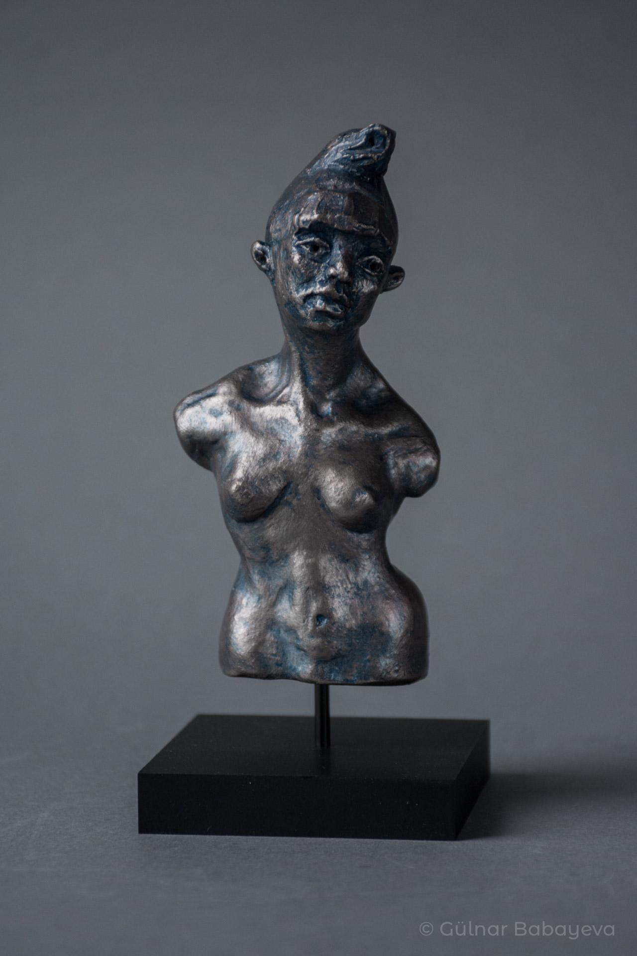 GülnarBabayeva_The-Other_2020_Ceramic_5.5Hx2.5Wx2.5D-82fefd42