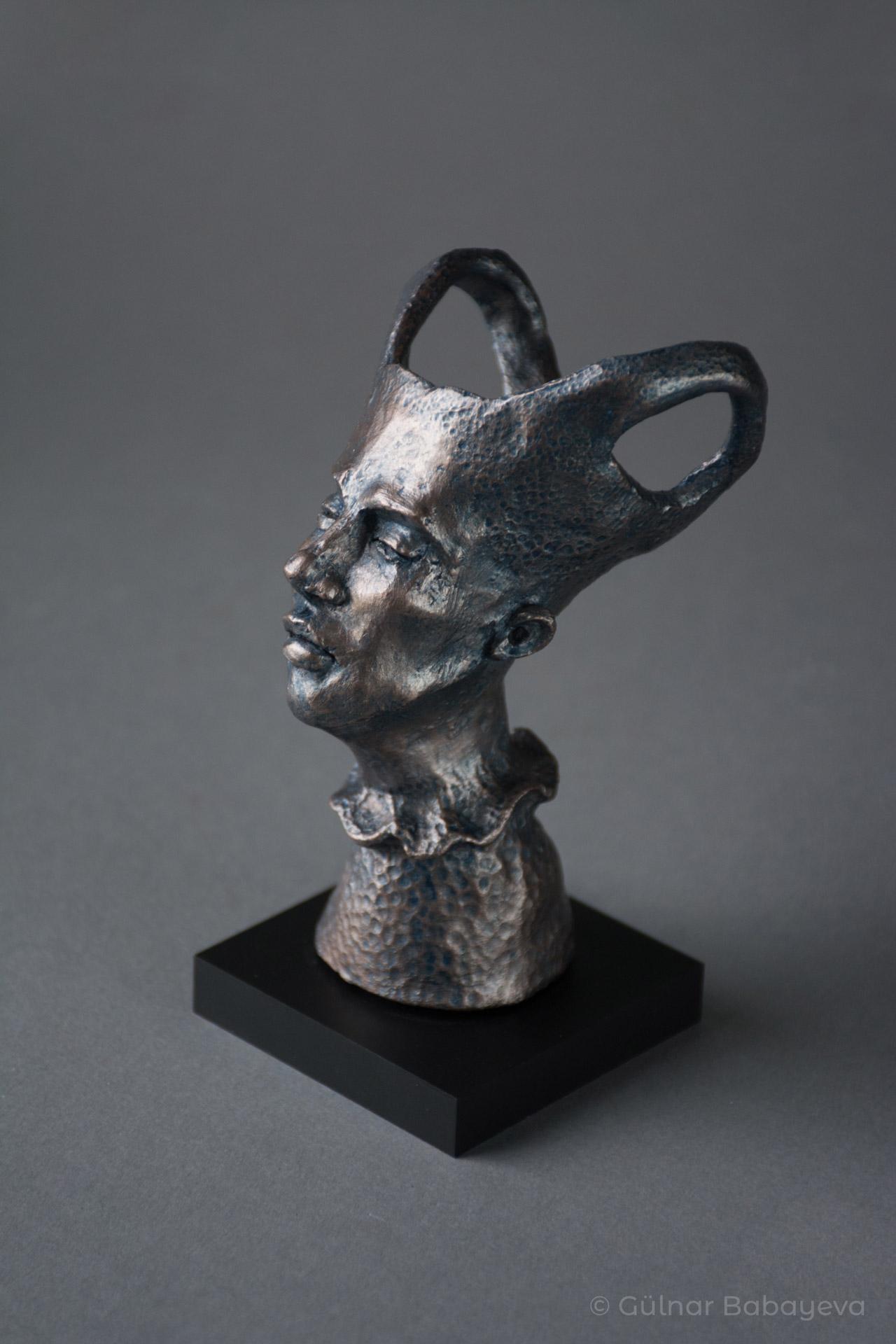 GülnarBabayeva_VesselOfRebirth_2020_Ceramic_5Hx3.5Wx3.5D-c1f2698d